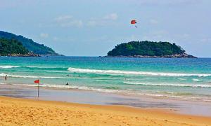 karon beach phuket 3