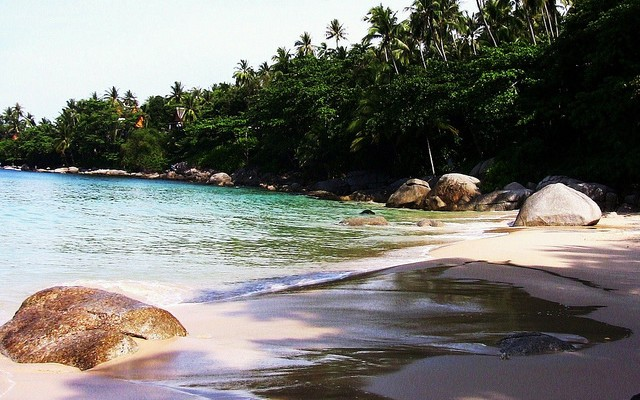 Pansea_Beach-phuket