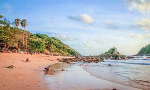 Ya nui beach phuket 1 Ya Nui Beach