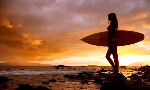 surfing in phuket
